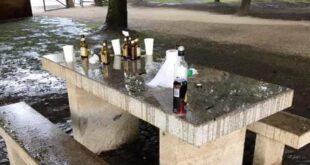 Cenário de lixo encontrado em Praia Fluvial galardoada de Braga
