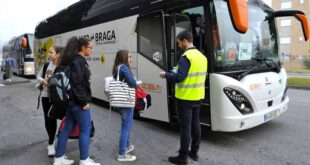 School Bus. Pais querem transporte dos alunos às escolas públicas de Braga.