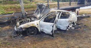 Carro roubado esta madrugada em Braga foi incendiado
