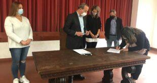 Braga: Gondizalves oficializa contratos com colaboradoras do Centro Escolar