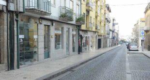 Trânsito interdito na Rua Gil Vicente em Guimarães