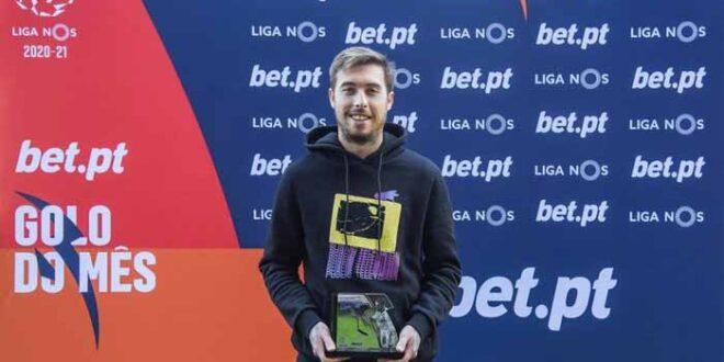 Iuri Medeiros do SC Braga recebeu prémio de melhor golo de dezembro