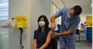 Hospital de Braga administrou segunda dose da vacina contra a Covid-19