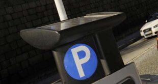 Guimarães suspende pagamento de estacionamento à superfície
